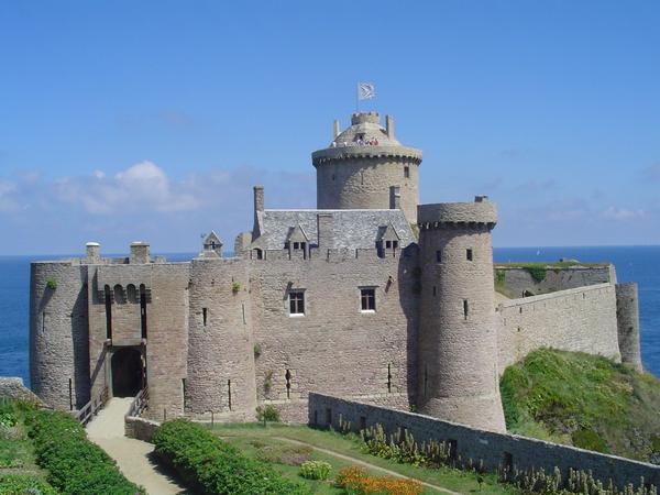Chateau de Fort la latte 1b19fba1