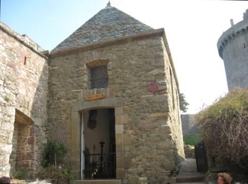 Chateau de Fort la latte 4624a27f