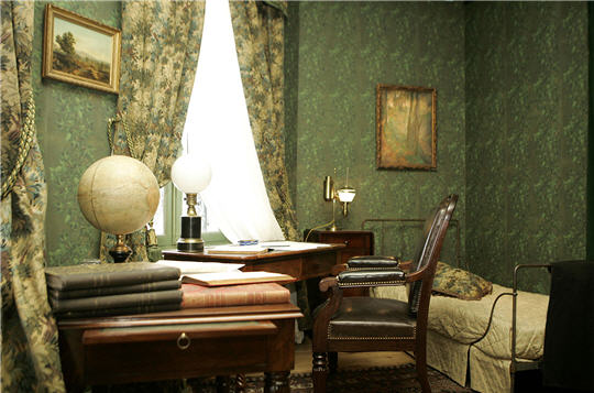 musee jules verne amiens page 3. Black Bedroom Furniture Sets. Home Design Ideas