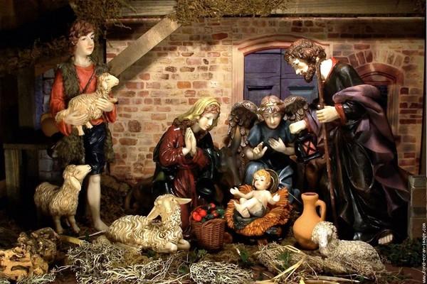 Santons et crèches de Noël  C0617697