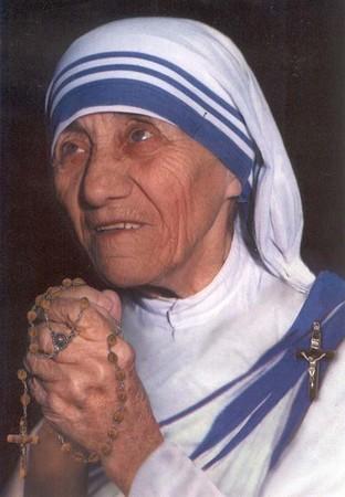 Bienheureuse Mère Térésa!! Df2032d1
