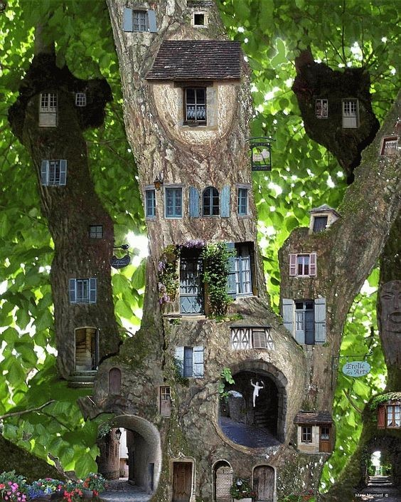 7 Amazing Houses Built Into Nature: Maisons Insolites