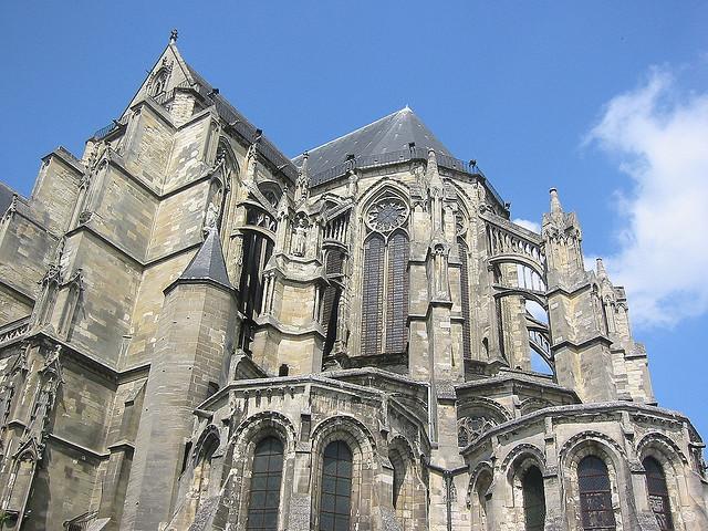 Basilique saint quentin for Babou st quentin