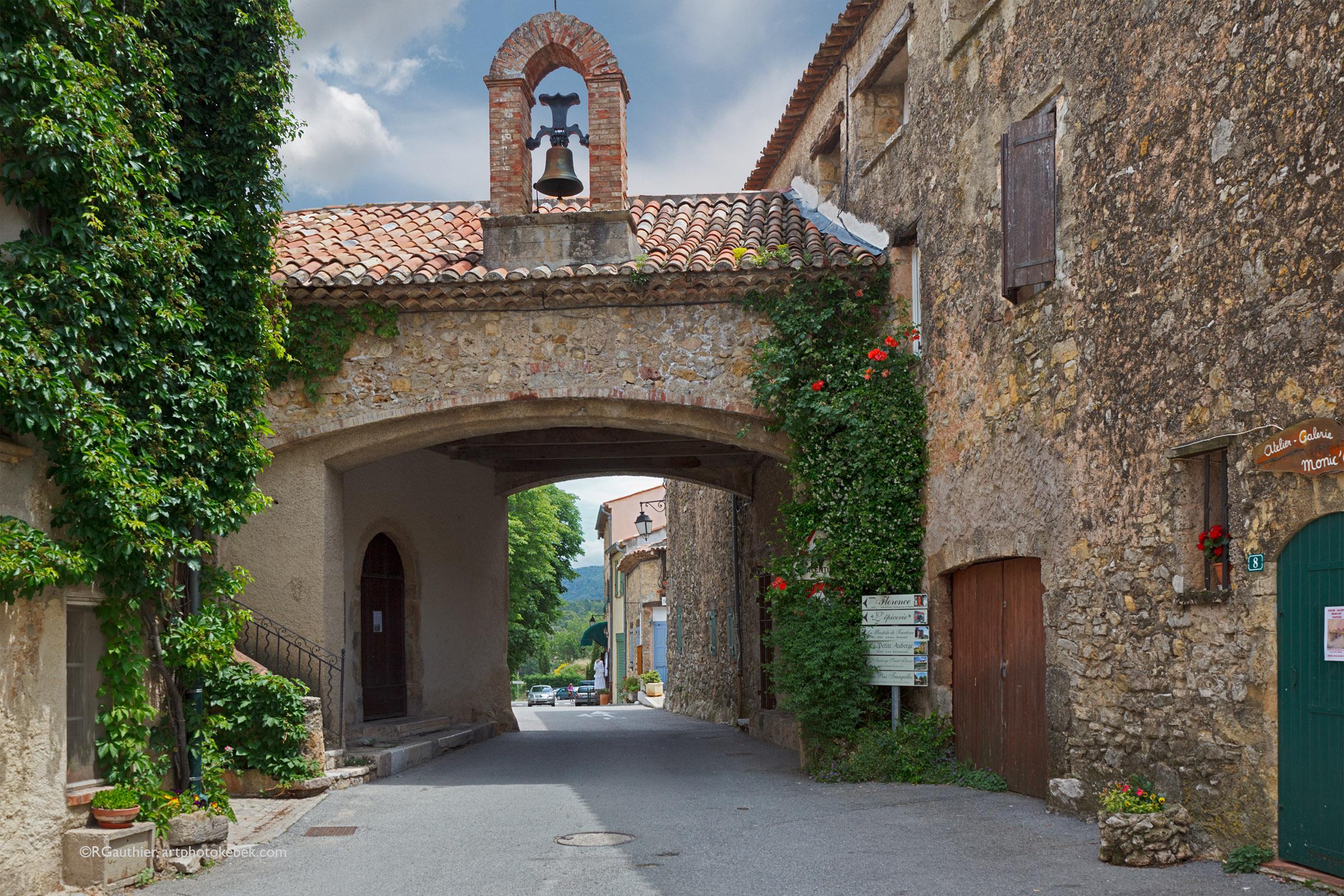 Beau village de tourtour - Les plus beau village du var ...