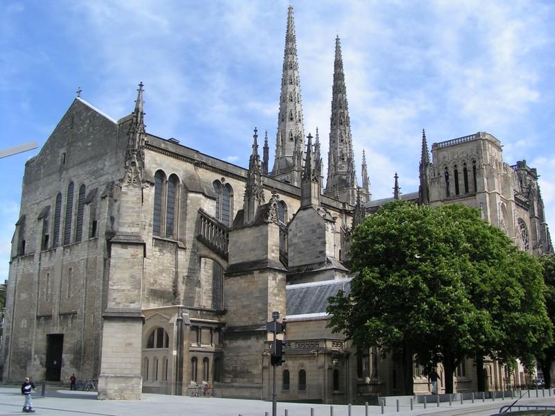 Cathedrales de france page 46 for Porte quinze bordeaux